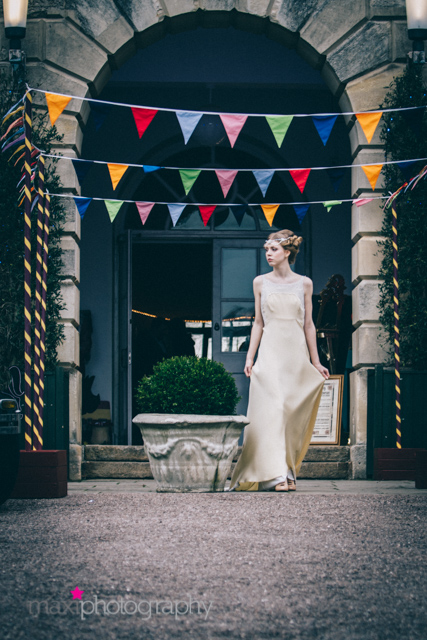 January 2016: The Decidedly Different Vintage Wedding Fair at Exeter Castle