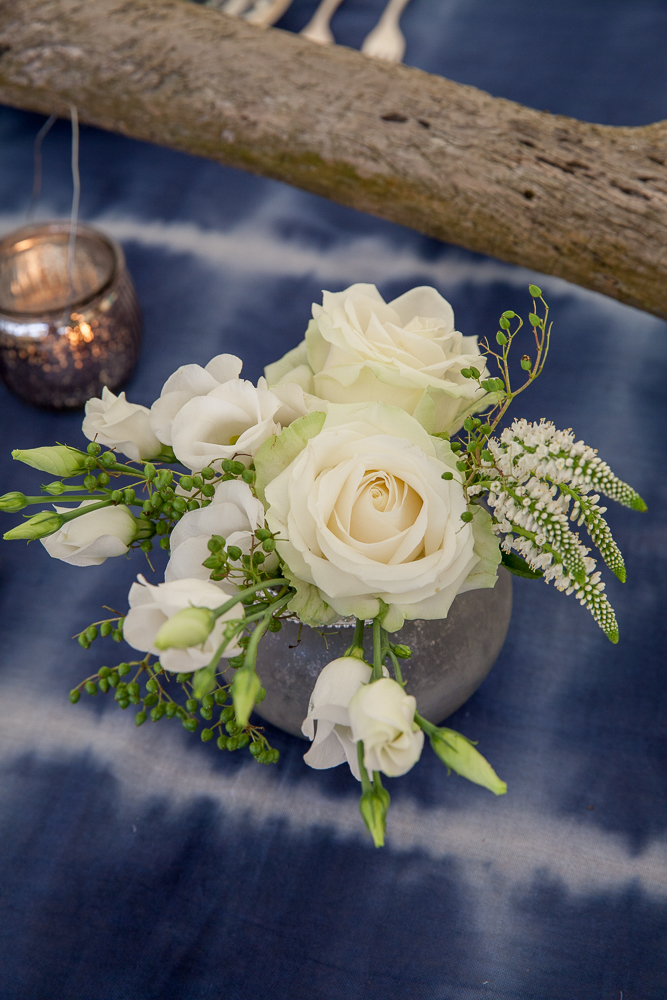 Wedding Flowers In North Devon : Outdoor wedding venue croyde beach north devon flowers